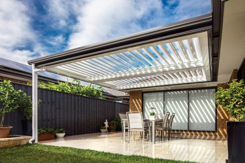 Stratco Outback Patio - Sunroof